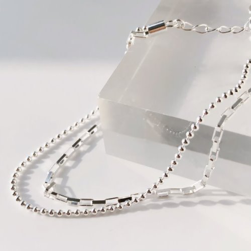 Square chain ball bracelet